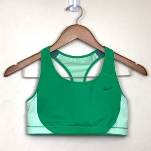 Nike Racerback Sport's Bra Green Size Medium